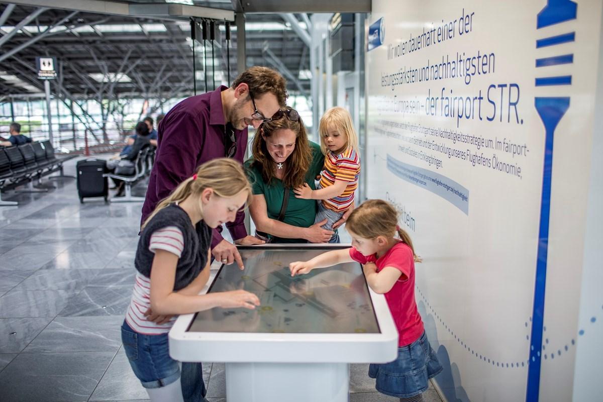 Fotostrecke Flughafen Stuttgart Olympische Spiele Beim Kinderfest Bild 62 Von 71 Nachrichten Schwarzwalder Bote