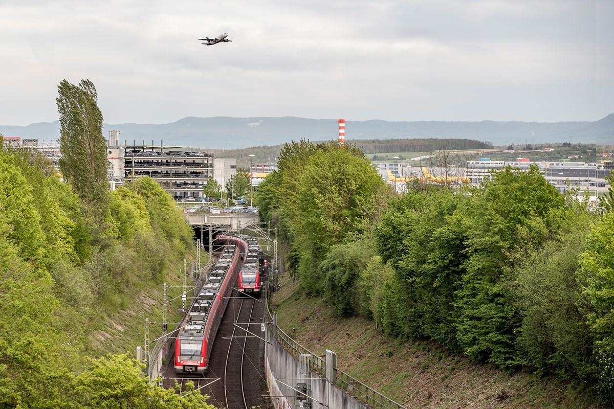 Anreise Mit Bus Und Bahn